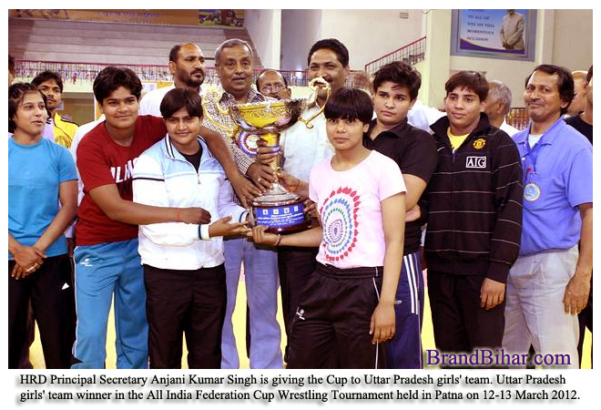 Uttar-Pradesh-girls-wrestling-team